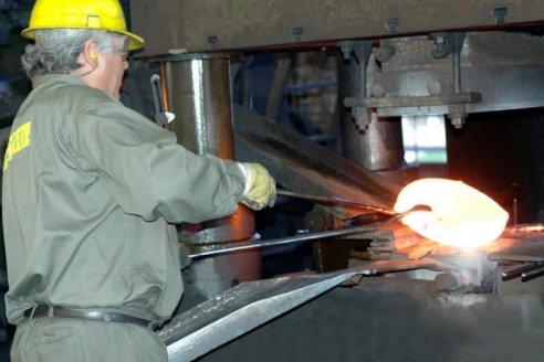 En cuatro meses metalmecánicos duplicaron su producción de fierros