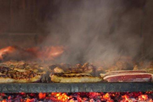 Para las fiestas ponen 1.300 toneladas de carne a la parrilla