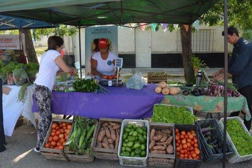 El ProHuerta aporta a la canasta básica de alimentos saludables