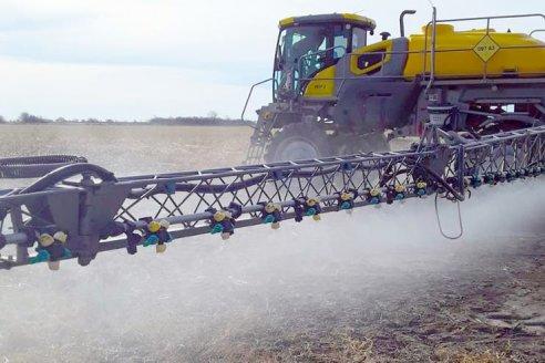 Dólar. En la industria de agroquímicos alertan por una posible falta de productos