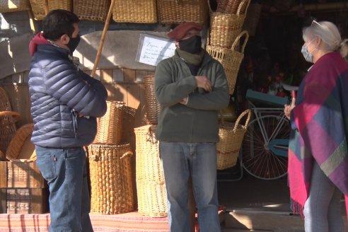 """Ricardo Díaz - Artesano de la madera de Concordia - """"Mi satisfacción es transmitir el arte"""""""