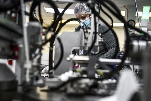 Para Indec, la economía va dejando la pandemia atrás